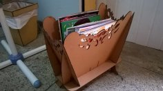 Revisteiro – Magazine rack CDR File